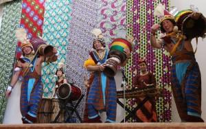 2015警固小学校公演 劇団AFRICA 「親子で楽しむアフリカン」