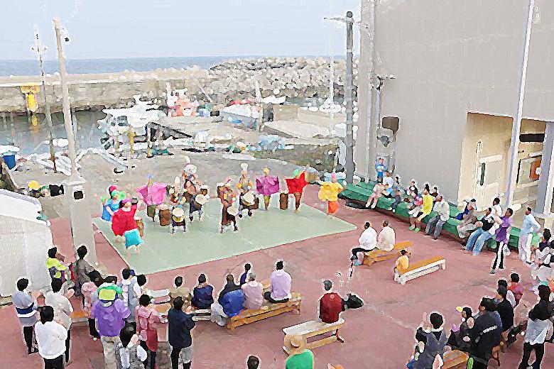 劇団AFRICAミニLIVE@小呂島漁港